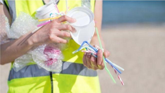Eu đề xuất cấm sản phẩm nhựa sử dụng 1 lần
