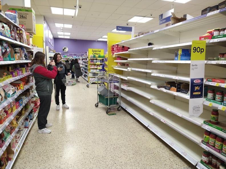 Ngành nhựa Anh quốc chờ đợi vi rút sẽ tác động mạnh
